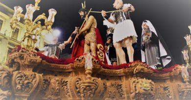 Coronacion - Semana Santa Almeria